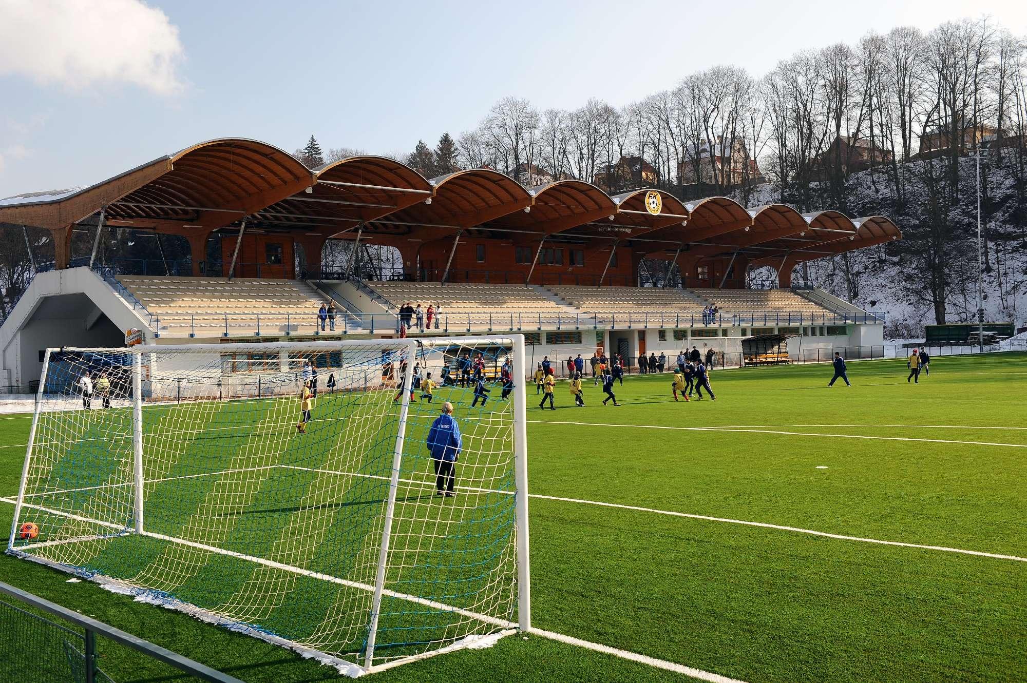 Trutnov - tribuna Městského stadionu